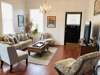 Gracious And Spacious Home Uptown/Boardmoor Area 19STR-02256