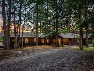 Morwood House - 15+ Private Acres Located Just South Of Jasper On Hwy 7