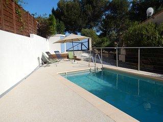 Villa 90 m2, Piscine Privée,  8 km de Cassis, wifi