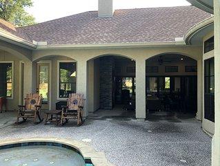 Guest House, Quiet, 1st floor, acreage, 15 min IAH, Exxon, Kingwood, Woodlands
