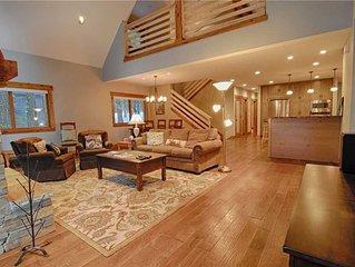 Beautifully Remodeled Home in Sunnyside's Tahoe Wood Neighborhood