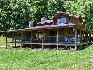 Appalachian Farmhouse- A Real 200 Year Old Farm House with Modern Amenities
