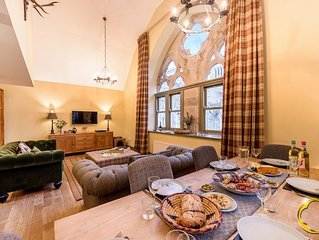 Luxury Self Catering Apartment with Swimming Pool in the Grounds of a Monastery