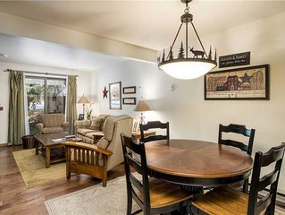Beautiful Condo w/Cozy Fireplace and Private Patio!