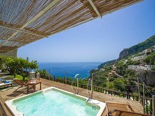 VILLA LAURO. Dimora storica di lusso con vista spettacolare sul mare di Amalfi