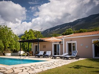 Peaceful private villa with pool. Amazing sea and mountain views. Free WiFi.