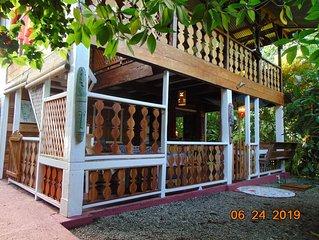 'EL PRINCIPITO' Typical  wooden Lodge of caribbean coast close to the beach