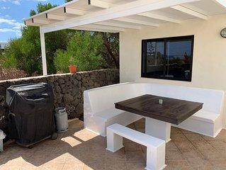 Casa Sin Pena Lanzarote mit  Pool,Jacuzzi und Sauna