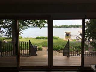 Peaceful Waterfront Cottage - air conditioning, 2.5 lots, great views