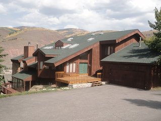 LUXURY 5,500'  6 Bdrm Home , w/ SPA like features - 4 Master size w/ King Beds,