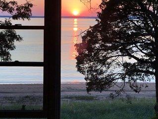 Stunning Bayfront Views