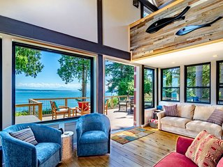Maple Cove Hideaway - Ocean Front Cabin - Close To Langley!