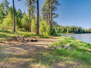 Quiet Lake Retreat in the woods/Minutes to Downtown Sandpoint