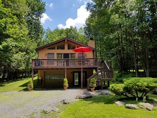 Relaxing And Quiet Family Friendly Chalet - Close To Major Area Attractions!