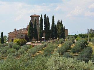 BORGO di BRUGNANO Dimora tipica in Borgo Medioevale nelle colline del Chianti Cl