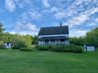 Farmhouse by Baddeck Bay - Peaceful Retreat while Exploring Cape Breton