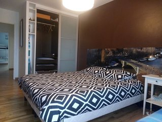 Proche Paris / Full furnished family Apartment ( 3 bedrooms + 2 bathrooms )