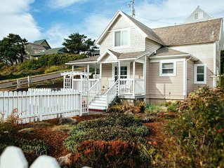 Nye Beach Cottage, beach steps away!