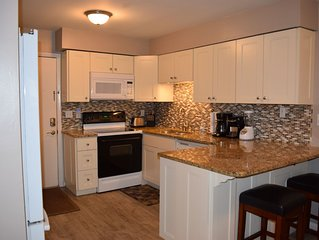 1st Floor UPDATED, cable/free wi-fi - all just a short walk to the beach