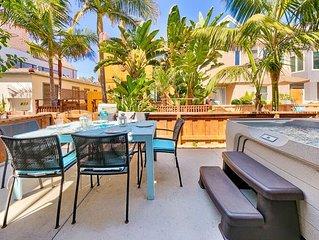 25% OFF DEC 1-18TH!- Beach Chic Getaway w/ Hot Tub, Steps to Beach,Bay+Dining