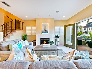20% OFF JULY  - Beautiful Beach Home w/ Rooftop Deck + Walk to Water