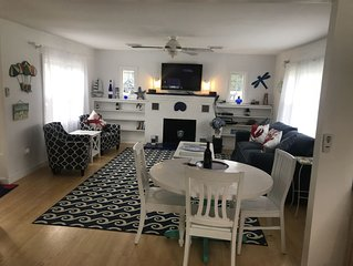 Waterford Ct. Beautiful 'Coastal Living'  �Beach Cottage....☀️☀️��