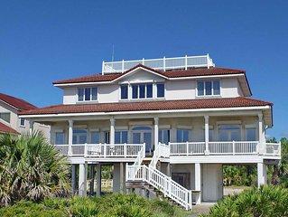 FREE BEACH GEAR! Beachfront, Plantation, Elevator, 5BR/4BA 'Dolphin's Watch'