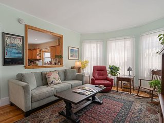 3BR home: East End neighborhood: walk to ocean or downtown, local eateries