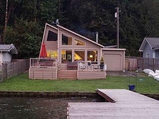 Beach level Lake Sutherland Cottage