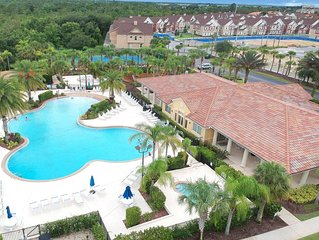 Bright and sunny condo w/ shared pool, hot tub, & more  - minutes to Disney!
