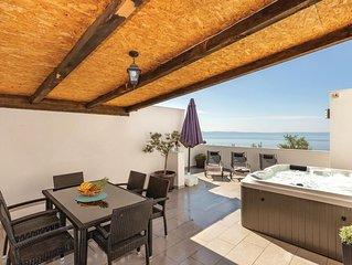 2 bedroom accommodation in Makarska