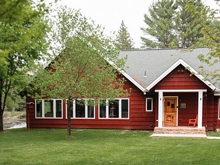 Private, Up North, large groups family-friendly retreat lodge on AuSable River