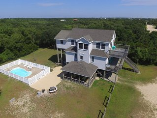 Secluded! 5 min walk to beach Pool Hot tub Horseshoes Volleyball Patio