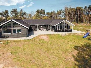 8 Zimmer Unterkunft in Nexø