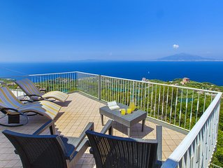 private-villa-sea-view-parking-air conditioning- internet wifi