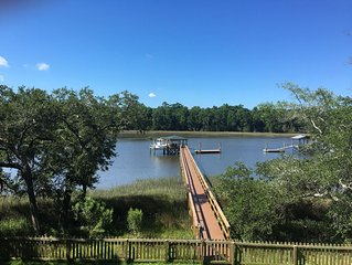Waterfront getaway just mins from downtown Charleston