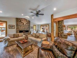 Modern Mountain Home, Hot Tub, Shuffle Board and Close to Beach