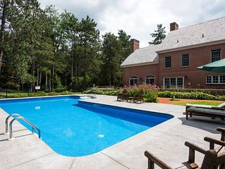 Beautiful Private Estate w/ Pool & More! Special and perfect for family/friends!