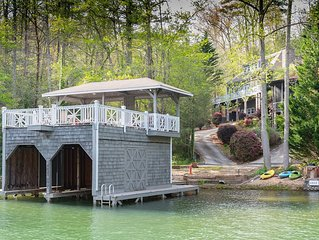 BEAUTIFUL CAPE COD HOME ON LAKE BURTON