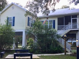 LUXURY SUWANNEE RIVERFRONT 3 BED/3 BATH HOME IN SECLUDED PARK LIKE SETTING