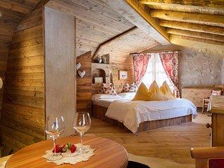 Sogno di Fiaba: Romantico Chalet tra le Dolomiti e Lago di Molveno