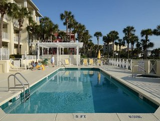 Beautiful Condo Steps from the Beach with Lovely Large Patio.