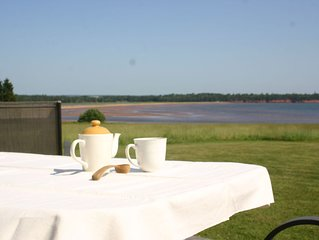 A perfect place to relax with your coffee !Take a breath and enjoy the privacy!