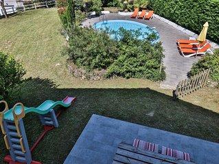 Belle maison au calme avec piscine et grand jardin à 3km des plages