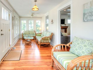 Beautiful newly renovated home - Great location close to beach and town center