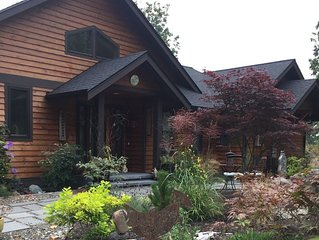 Raven's Landing Studio- Romantic! Spectacular View of Olympic Mountains & Water