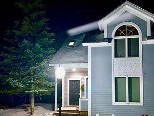 Townhouse on Jay Mountain - 1 mile to Jay Peak Resort - TRILLLIUM WOODS