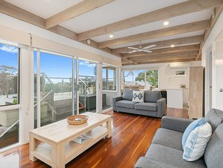 ON THE DECK - Classy, Comfortable Beach House