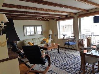 Beachfront, 2-Level Oceanviews Apartment