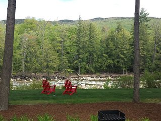 Gorgeous 3BR, 3BA Townhouse Right on the Pemi River - Great Views!